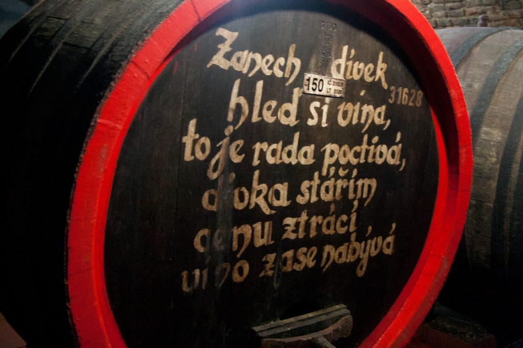 Wine jokes on barrels